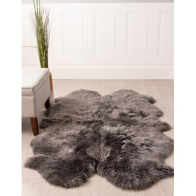 Moquin Genuine Fur Four Pelt Handmade Shag Sheepskin Gray Area Rug
