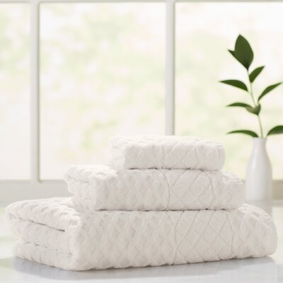 Flanagan 3 Piece Towel Set Color: Cream