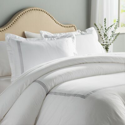 Stowe 3 Piece Duvet Cover Set Color: White / Platinum, Size: Full / Queen