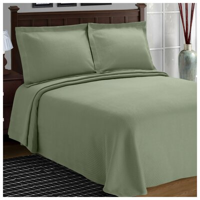 Benito Diamond Solitaire Matelasse Bedspread Size: King, Color: Sage