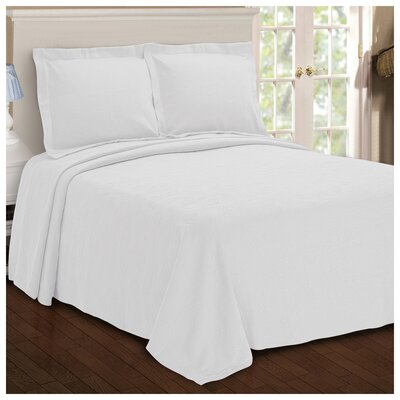 Benito Paisley Jacquard Matelasse Bedspread Size: King, Color: White