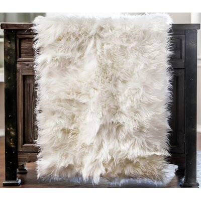 Lucille Contemporary Chair Cover Shaggy White Area Rug
