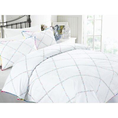 Pom Pom 3 Piece Duvet Cover Set Size: King