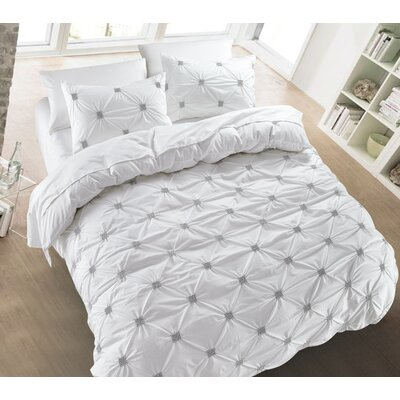 Diamond Pintuck 3 Piece Duvet Cover Set Color: White, Size: King