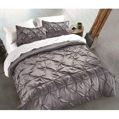 Silky Pintuck 3 Piece Comforter set Size: King, Color: Charcoal