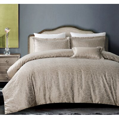 Buckingham Bloom 3 Piece Duvet Set Color: Silver Gray, Size: King