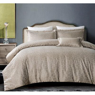 Buckingham Bloom 4 Piece Comforter Set Color: Silver Gray, Size: King