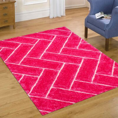 Hand-Tufted Pink Area Rug Rug Size: 5 x 7