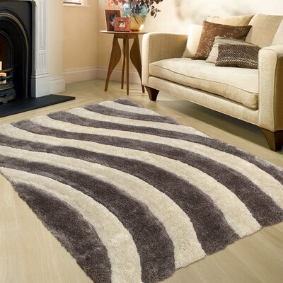 Hand-Tufted Brown/Beige Area Rug Rug Size: 76 x 105