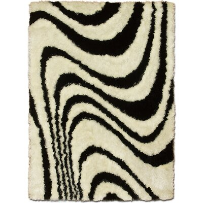 Hand-Tufted White Area Rug Rug Size: 4'11