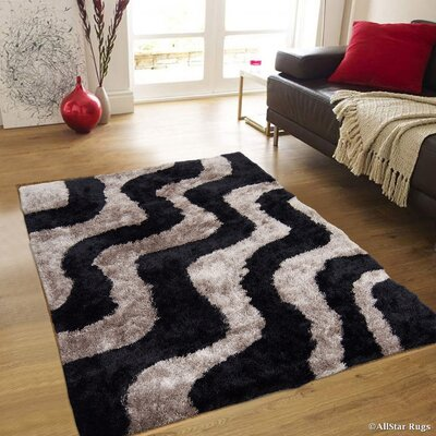 Hand-Tufted Black/Gray Area Rug Rug Size: 411 x 611