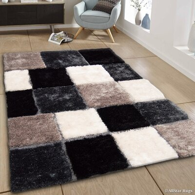 Hand-Tufted Gray/Black Area Rug Rug Size: 411 x 611