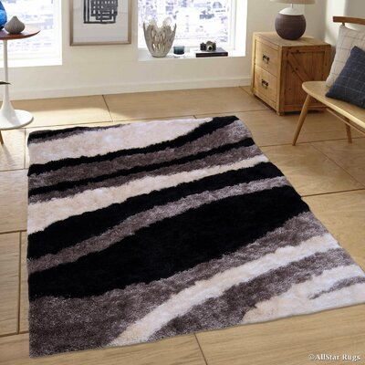 Hand-Tufted Gray/Black Area Rug Rug Size: 711 x 105