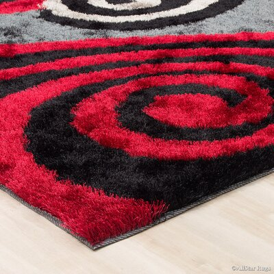 Hand-Tufted Red/Black Area Rug Rug Size: 411 x 611