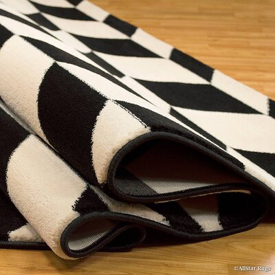 Black/Cream Area Rug Rug Size: Rectangle 52 x 72