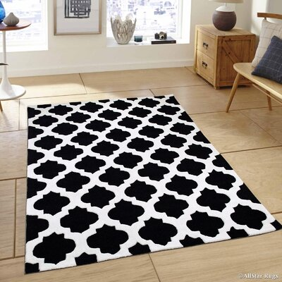 Handmade Black Area Rug Rug Size: 411 x 611