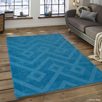 Given Ultra-Soft High-Quality Wool Aztec Designed Ocean Area Rug Rug Size: 711 x 911
