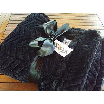 Sagamore Archer Couture Throw Color: Black
