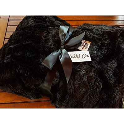 Sarai Couture Throw Color: Black
