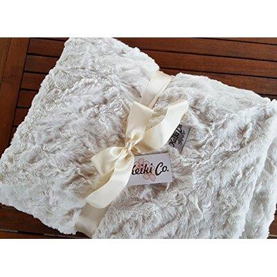 Sarai Couture Throw Color: Ivory