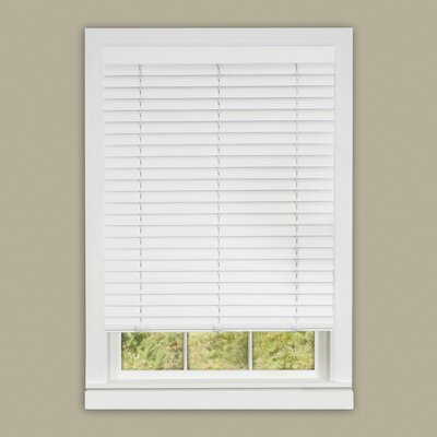 Cordless Vinyl Venetian Blind Blind Size: 30 W x 64 L, Finish: White