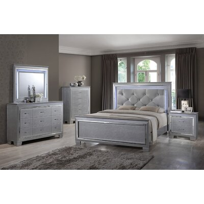 Panel 4 Piece Bedroom Set Size: King