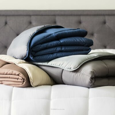 Down Alternative Quilted Comforter Color: Navy/Gray, Size: Twin