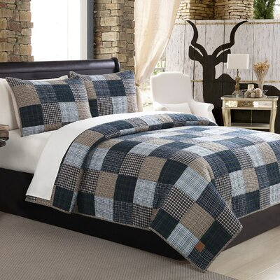 Ridgecrest Quilt Set Size: King