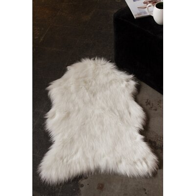 Shayne Off-White Area Rug