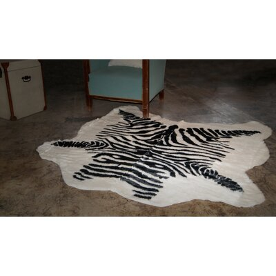 Black/White Area Rug