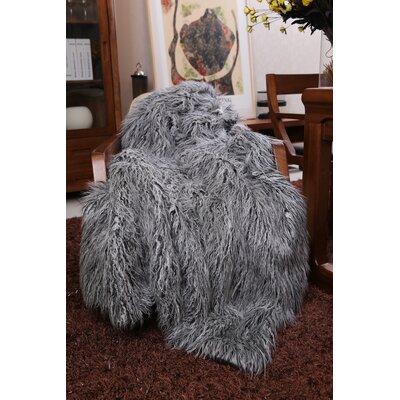 Kanekaron Faux Fur Throw