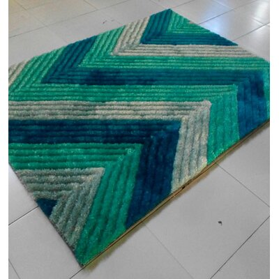 Blue/Green Area Rug Rug Size: 53 x 72