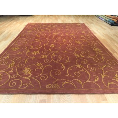 Wuhan Hand-Knotted Red/Gold Area Rug