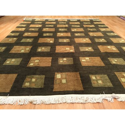 Nepal Hand-Knotted Green Area Rug