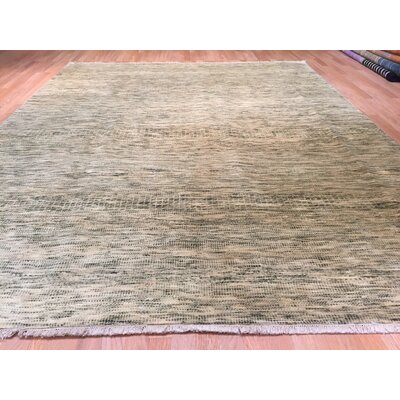 Savannah Hand-Knotted Ivory/Green Area Rug