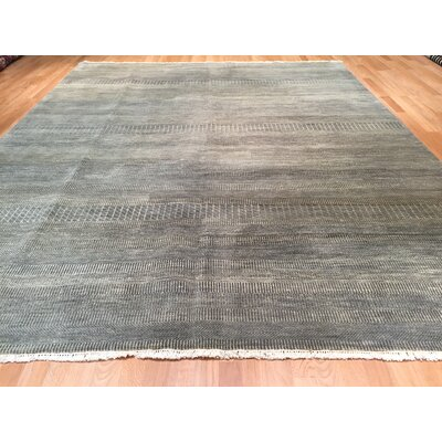 Savannah Hand-Knotted Gray Area Rug