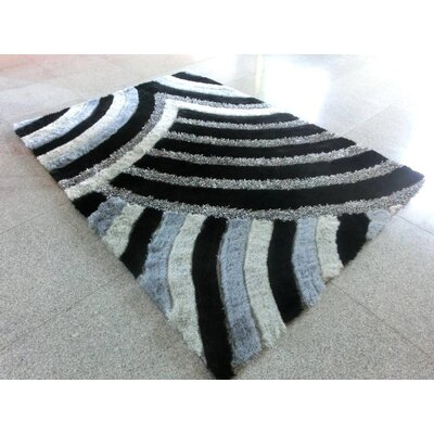 Maddi Black Area Rug Rug Size: 53 x 72