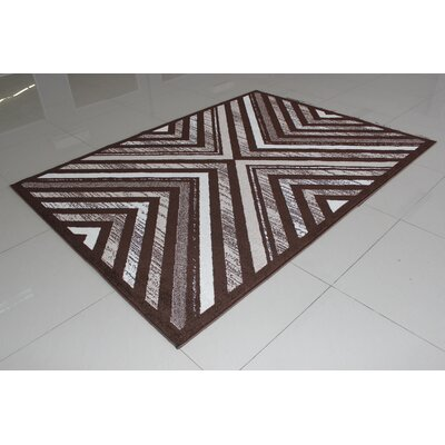 Karol Brown/White Area Rug Rug Size: 53 x 72