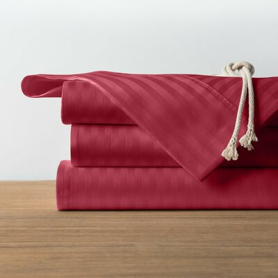 1800 Series Collection 100% Cotton Sheet Set Size: King, Color: Burgundy