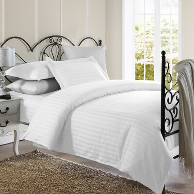 1800 Series Duvet Set Size: Full / Queen, Color: White