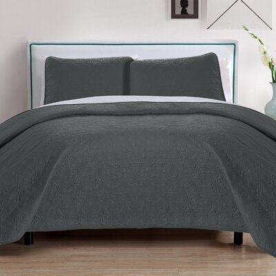 Sophia 3 Piece Embroidered Quilt Set Color: Gray/Silver