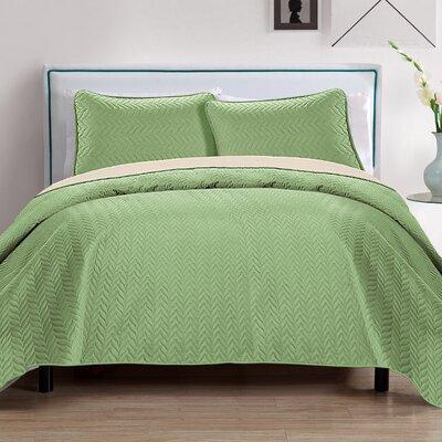 Chevron 3 Piece Reversible Quilt Set Color: Sage/Biege