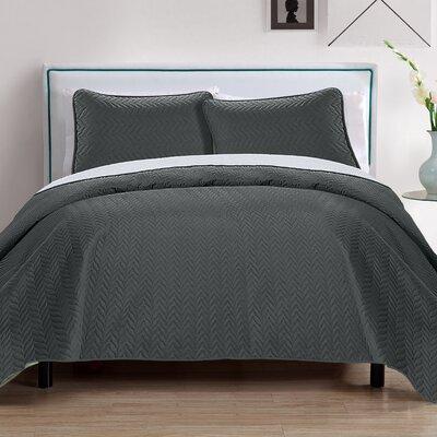 Chevron 3 Piece Reversible Quilt Set Color: Gray/Silver