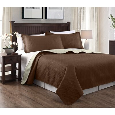 Greek 3 Piece Embroidered Quilt Set Color: Brown/Beige