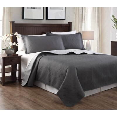 Greek 3 Piece Embroidered Quilt Set Color: Gray/Silver