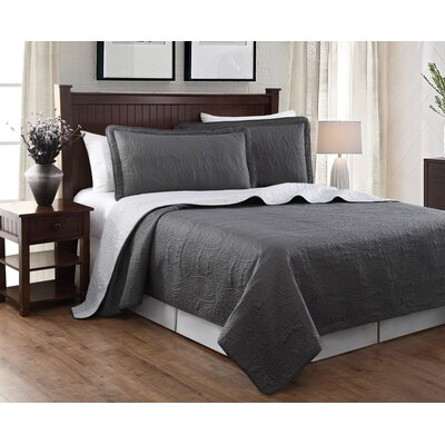 Victoria 3 Piece Embroidered Quilt Set Color: Gray/Silver