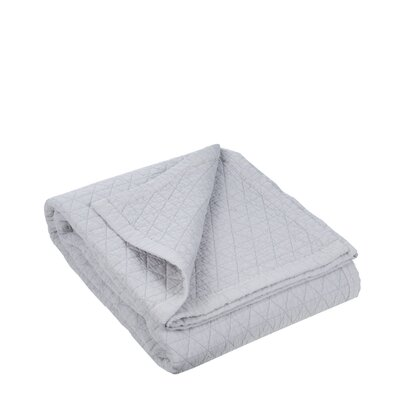 Kaleidoscope Quilted Bedspread Color: Mid-Gray