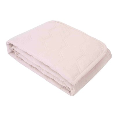 Acacia Quilt Color: Powdered Pink