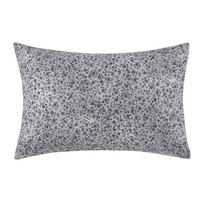 Isadora Pillow Case Color: White and Blue, Size: Standard