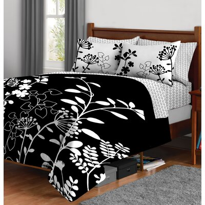 Reversible Bed-In-A-Bag Set Size: Queen
